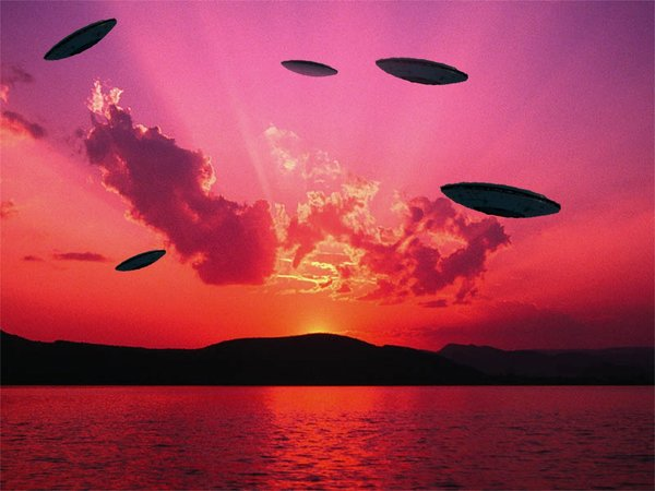 DISCLOSURE : Lights Over Edwards Air Force Base 35576-chinese_lantern_ufo