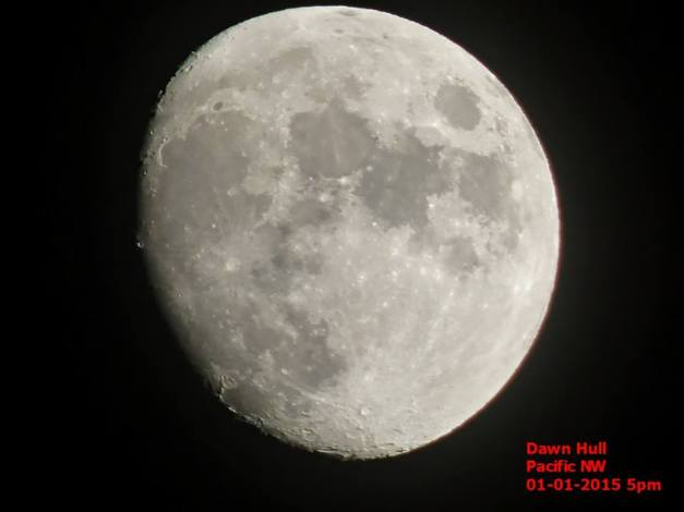 O LOOK ! … THE MOON IS REVOLVING … CARRY ON Moon1