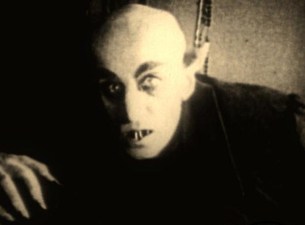 2de14-nosferatu-horror-movies-16124764-1287-951