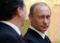 EU Commision President Barroso and Russian Prime Minister Putin address reporters in Moscow