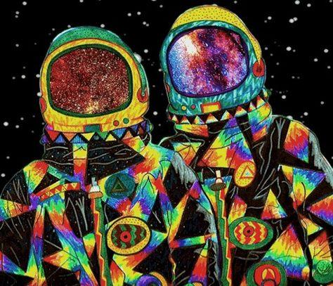 41c6900dc581df6164467af9e77b27b7-astronaut-illustration-psychedelic-gif