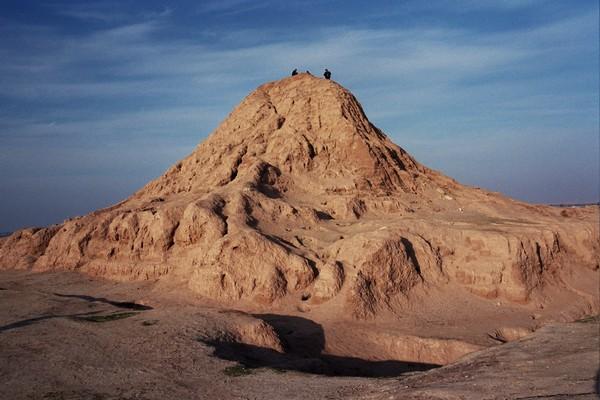 nimrud_ziggurat_mv