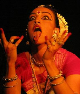 f0cb17685ab248be3b301026575272f0-kali-ma-belly-dancers