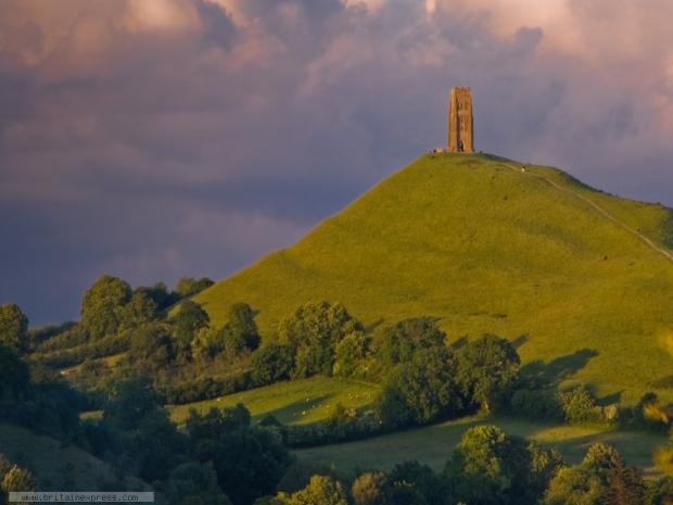 glastonbury-tor-hill