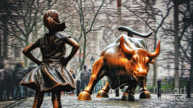 fearless-girl-and-wall-street-bull-statues-nishanth-gopinathan