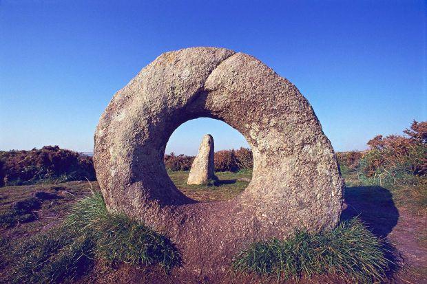 men-an-tol-stone-1200