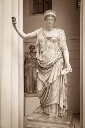 hera-ancient-greek-goddess-73581659