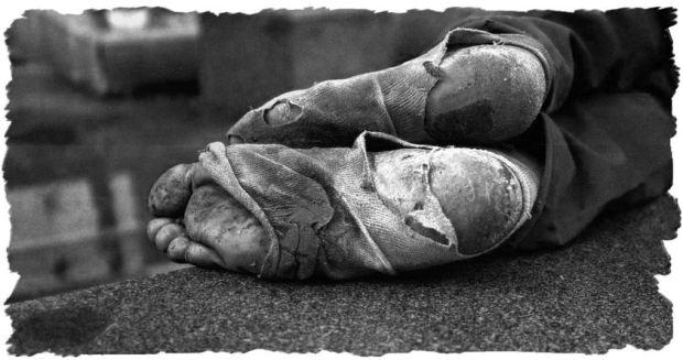 homeless-feet-edt1