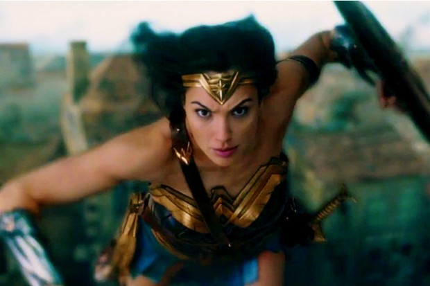 wonder-woman-gal-gadot-flying-image-for-inuth