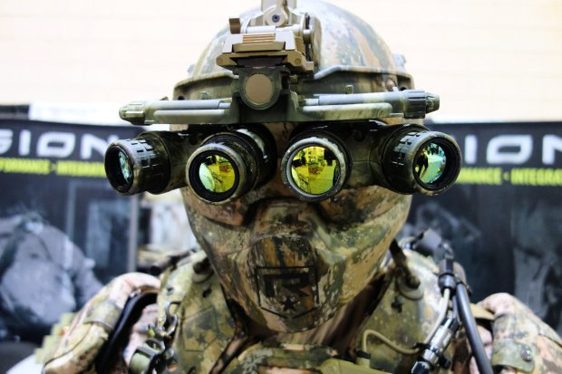 revision_talos_tactical_assult_light_operator_suit_future_soldier_demonstrator_mock-up_sofic_special_operations_forces_industry_conference_2015_david_crane_defensereview.com_dr_15_enhanc